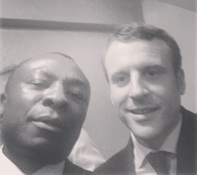 selfie macron johnson